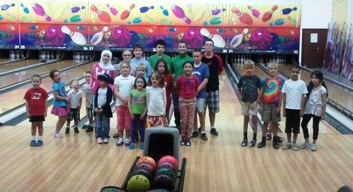 DHE enjoyed a bowling morning at Qatar Bowling Center.
